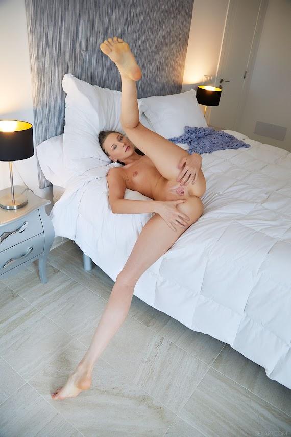 SexArt Nimfa Laid Back - Girlsdelta