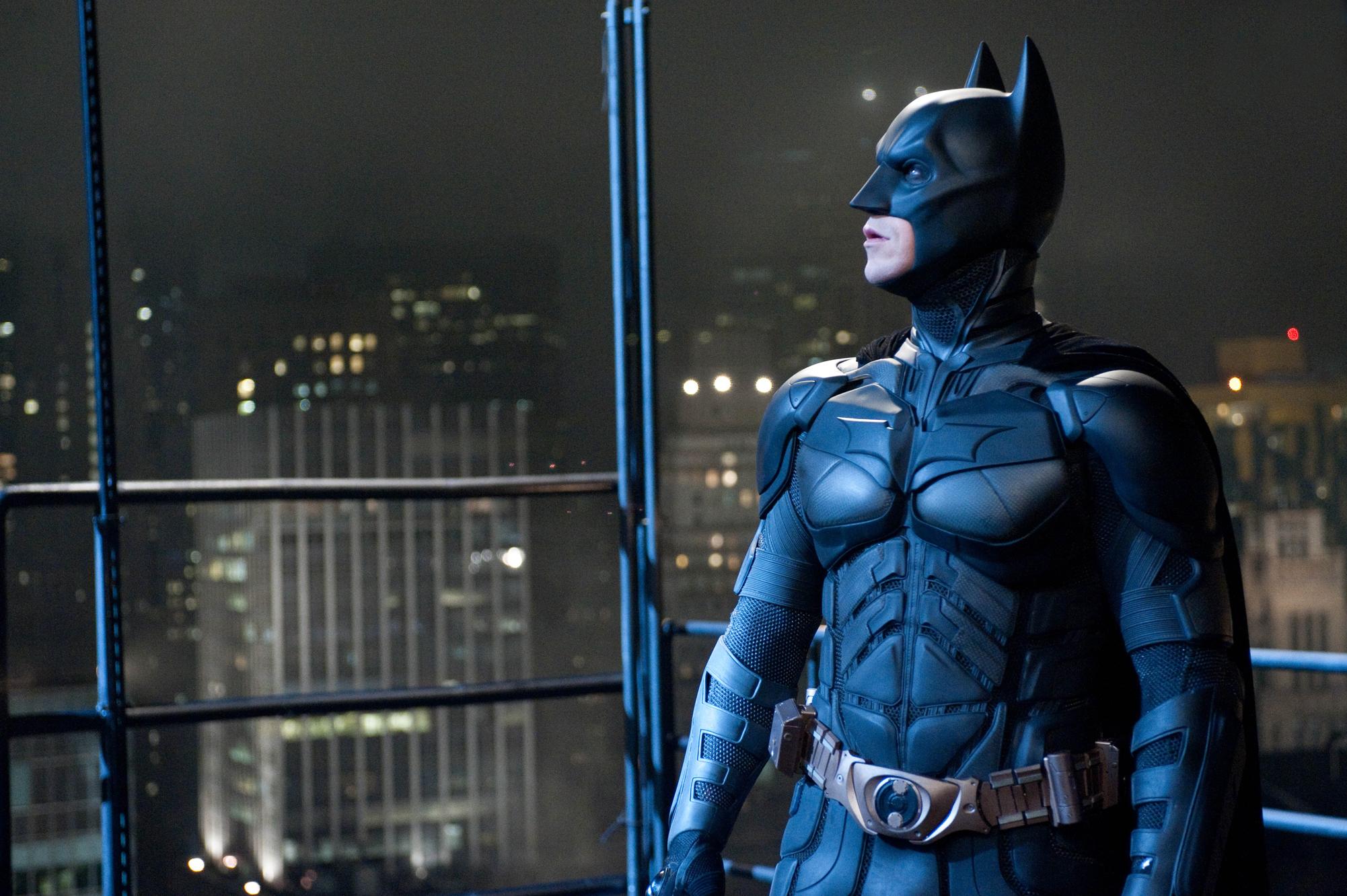 The Batman :「猿の惑星」のマット・リーヴス監督が、ダークナイトを復活させる最新作「ザ・バットマン」が、ついに撮影を開始するクランクインの見込みが伝えられた ! !