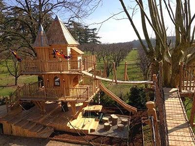 le blog du camping cabane dans les arbres des lieux extraordinaires pour les enfants. Black Bedroom Furniture Sets. Home Design Ideas