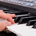 Học organ có chơi được piano