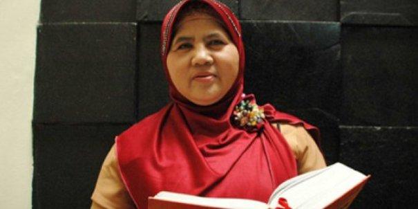 Mamah Dedeh Semprot Ibu-ibu Yang Nyebut Dirinya Haji Saat Hendak Bertanya, Lihat Videonya