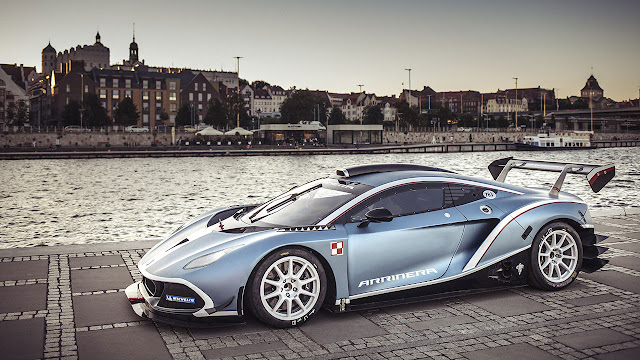 The blue Arrinera Hussarya GT prototype