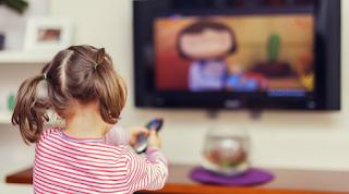 Inilah Manfaat Menonton TV yang Bisa Anda Dapatkan