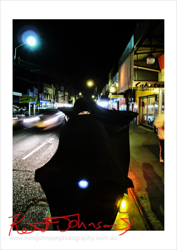 Cigdem Aydemir,  Burqa Clad Rickshaw, Contested Territory, The Vanising Point Newtown