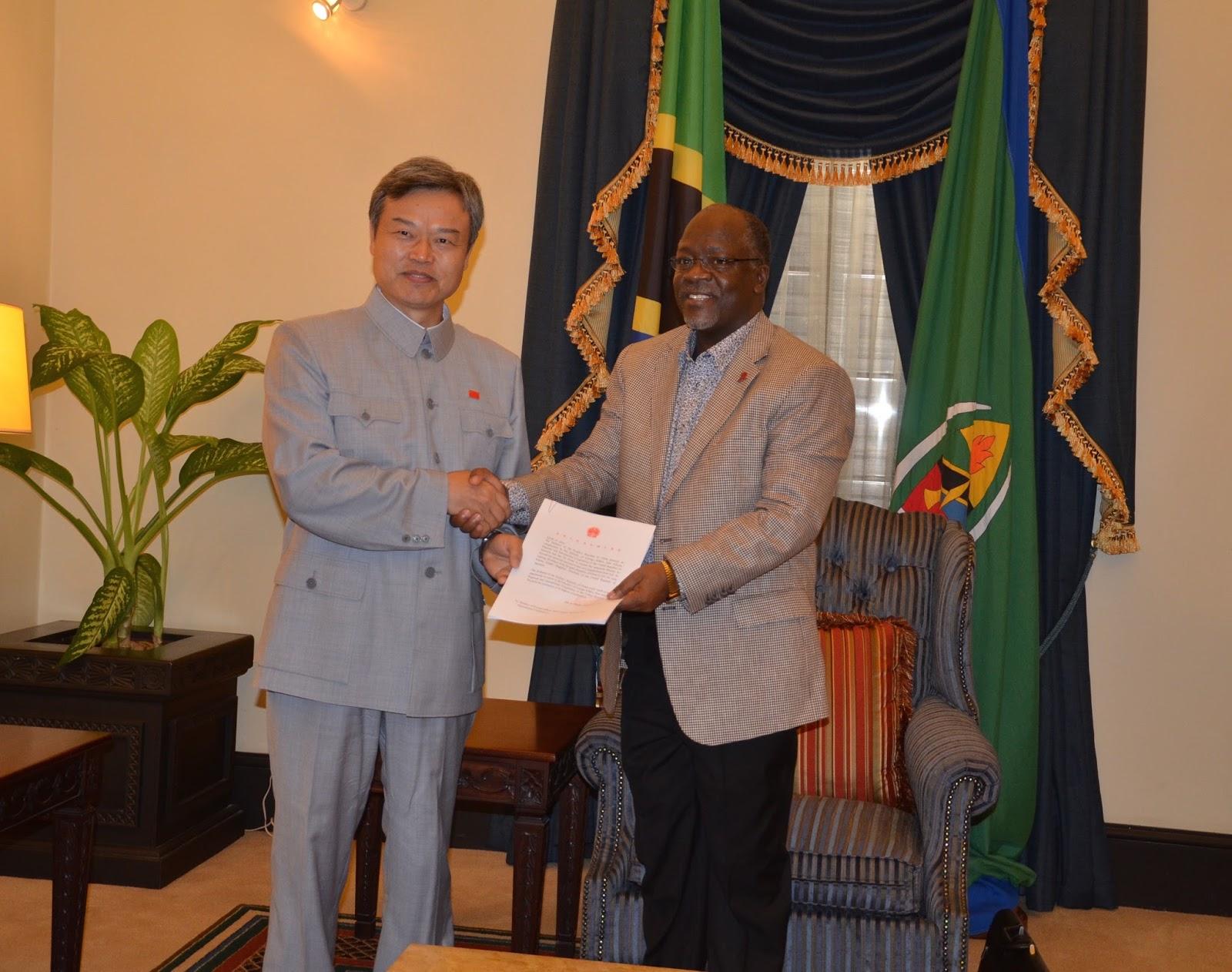 Balozi wa China na Rais Magufuli