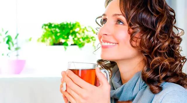 Kanker Bisa Muncul dari Kebiasaan Minum Teh Panas