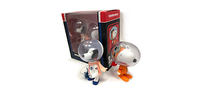 San Diego Comic-Con 2018 Exclusive Astronaut Snoopy Vinyl Figure 2 Pack by Medicom Toy x Peanuts