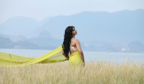 Samantha hot stills from jabardasth movie