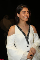 Isha Talwar Looks super cute at IIFA Utsavam Awards press meet 27th March 2017 26.JPG