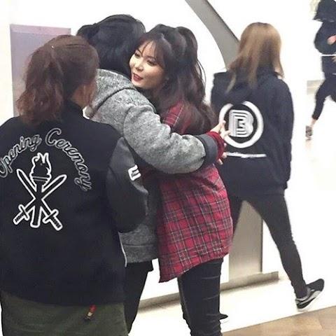 ✰INFO✰ Hyuna pomogła niepełnosprawnej fance!
