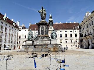 In der Burg - Statuia Împăratului Franz I