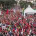Curitiba ficou vermelha neste 1º de maio de apoio a Lula