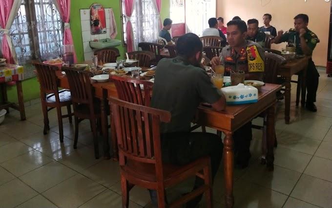 Jalin Hubungan Harmonis TNI-Polri, Kapolres Lampung Utara dan Dandim 0412/LU Makan Siang Bersama