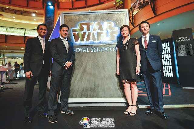 VIPs at the Star Wars x Royal Selangor Collection Preview From left to right : Executive Director of Royal Selangor, Mr Chen Tien Yue;Executive Director of Royal Selangor, Mr Yong Yoon Li; Director of Retail and Licensing of The Walt Disney Company, Malaysia & Singapore, Ms Gan Lay Koon; General Manager of Retail and Licensing of The Walt Disney Company Southeast Asia, Mr Hiroki Horino