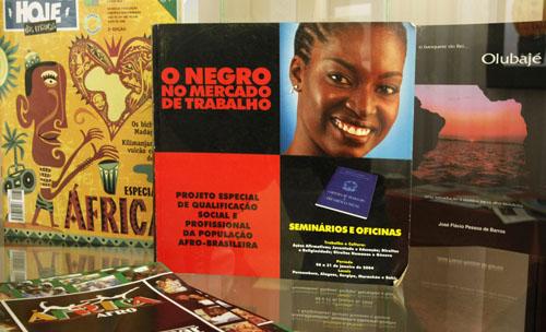 Por uma maior abordagem (interativa) na literatura africana