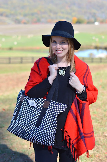 cute-fall-outfit-with-plaid-poncho
