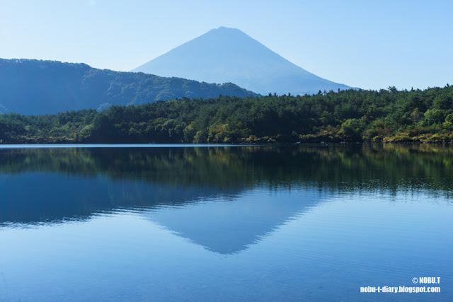 逆さ富士~西湖根場浜