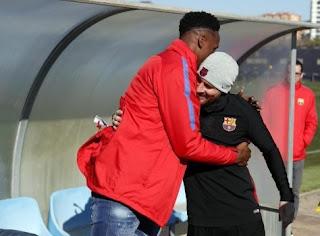 اللاعب مينا: المنضم حديثاً لنادي برشلونة شعر يدي توقف عند مصافحة ميسي