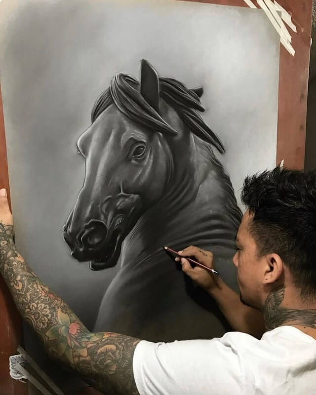 12-Efrain-Malo-11-Human-Sketches-and-1-Realistic-Animal-www-designstack-co