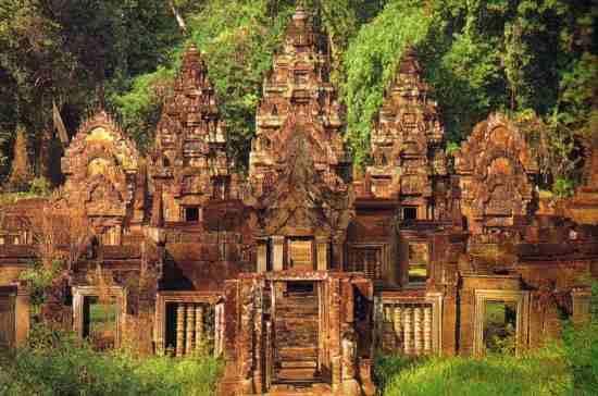 Banteay Srei Tapınağı-Kamboçya