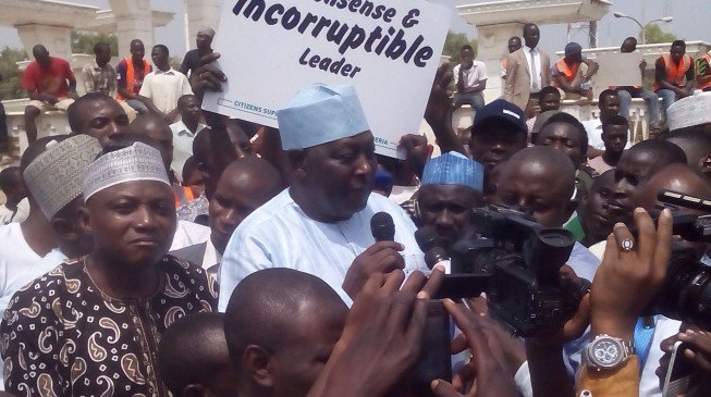 Babachir Lawal Addressing a pro-Buhari support group