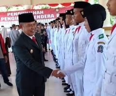 Pj Bupati Bone Kukuhkan Paskibraka Bone Tahun 2018