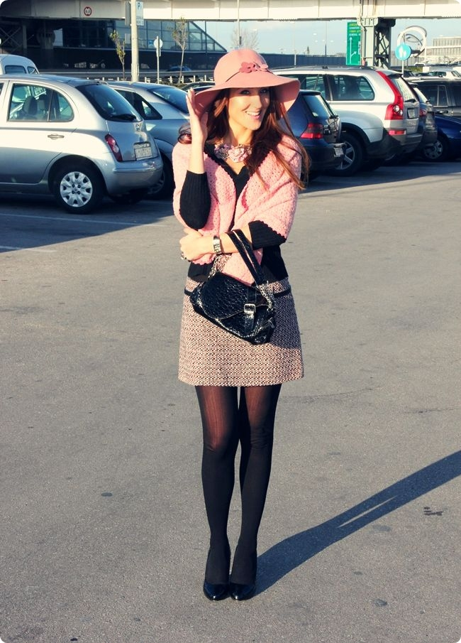pink and black girly winter outfit ideas with tweed skirts and pink hats