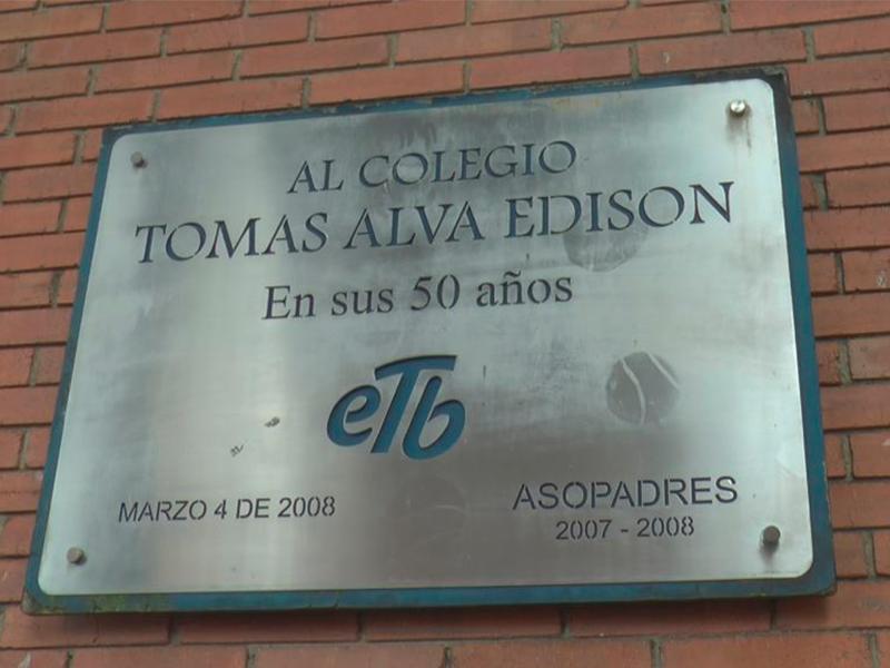 Sintratelefonos felicita al colegio Tomás Alva Edison por Clasificación A+ en Pruebas Saber