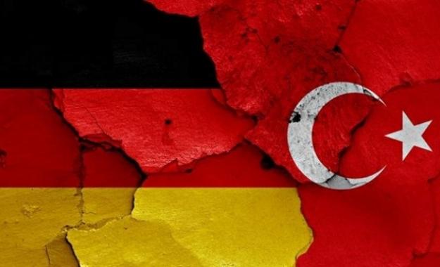 Βερολίνο: Ζητεί εξηγήσεις από την Άγκυρα για κλείσιμο γερμανικού σχολείου στη Σμύρνη