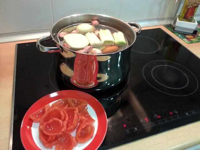 Manitas de Cerdo a la Madrileña