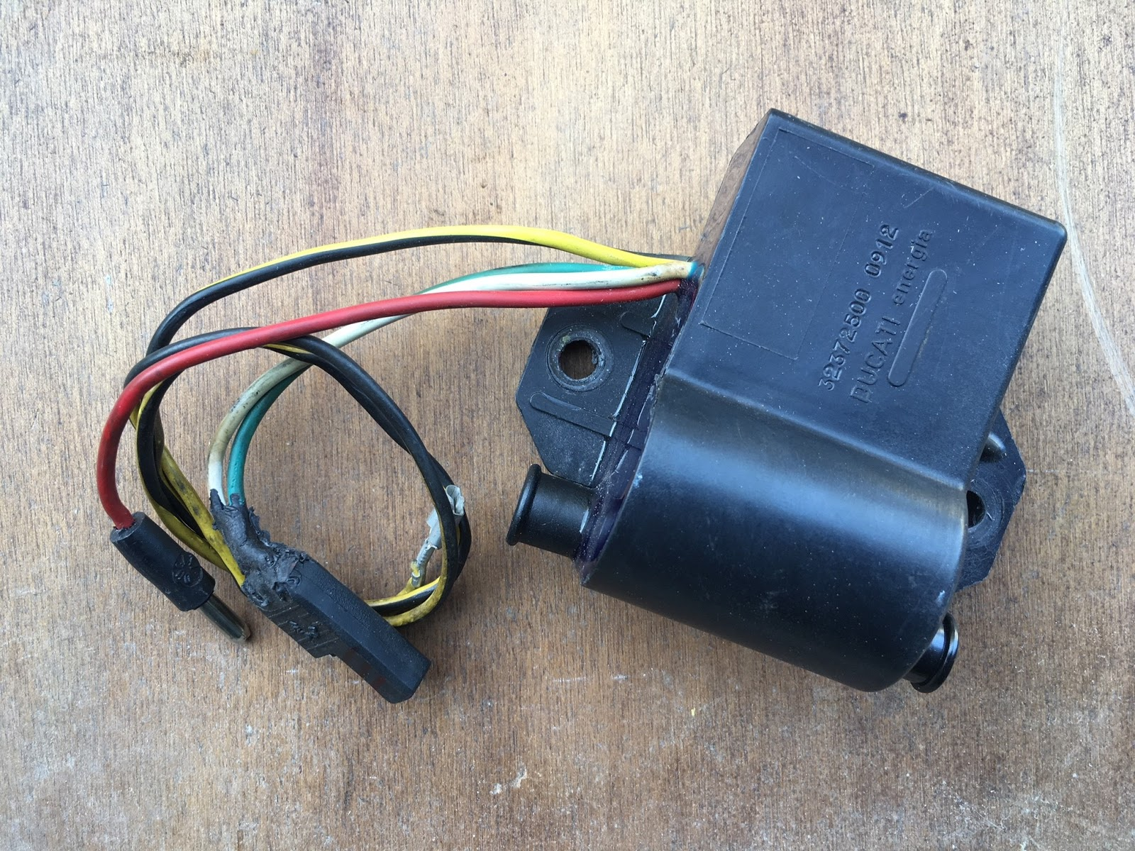 the most widely reported problem with the rotax ignition system is in the failure of [ 1600 x 1200 Pixel ]