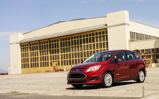 Review New Ford C-Max 2017, Price, Interior Desain, The Good, The Bad