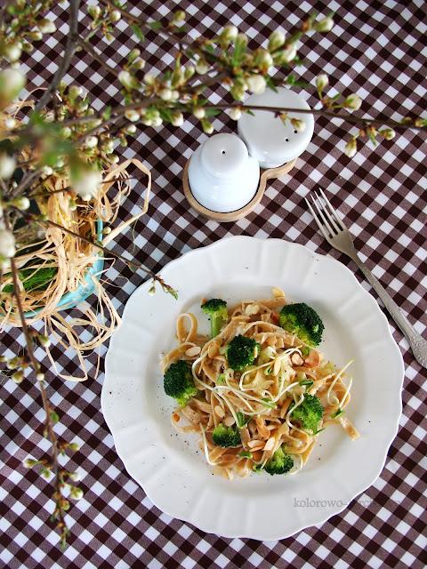 makaron z sosem pleśniowym