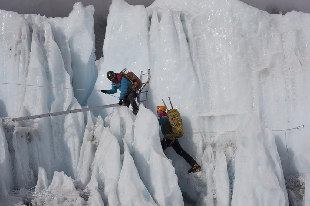 La Terra Degli Sherpa.Agenda Del Cinema A Torino Torna In Cordata Lunedi 12 Proiezione