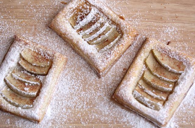 easy apple tartlets