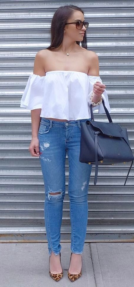 summer look: white off shoulder top + bag + rips