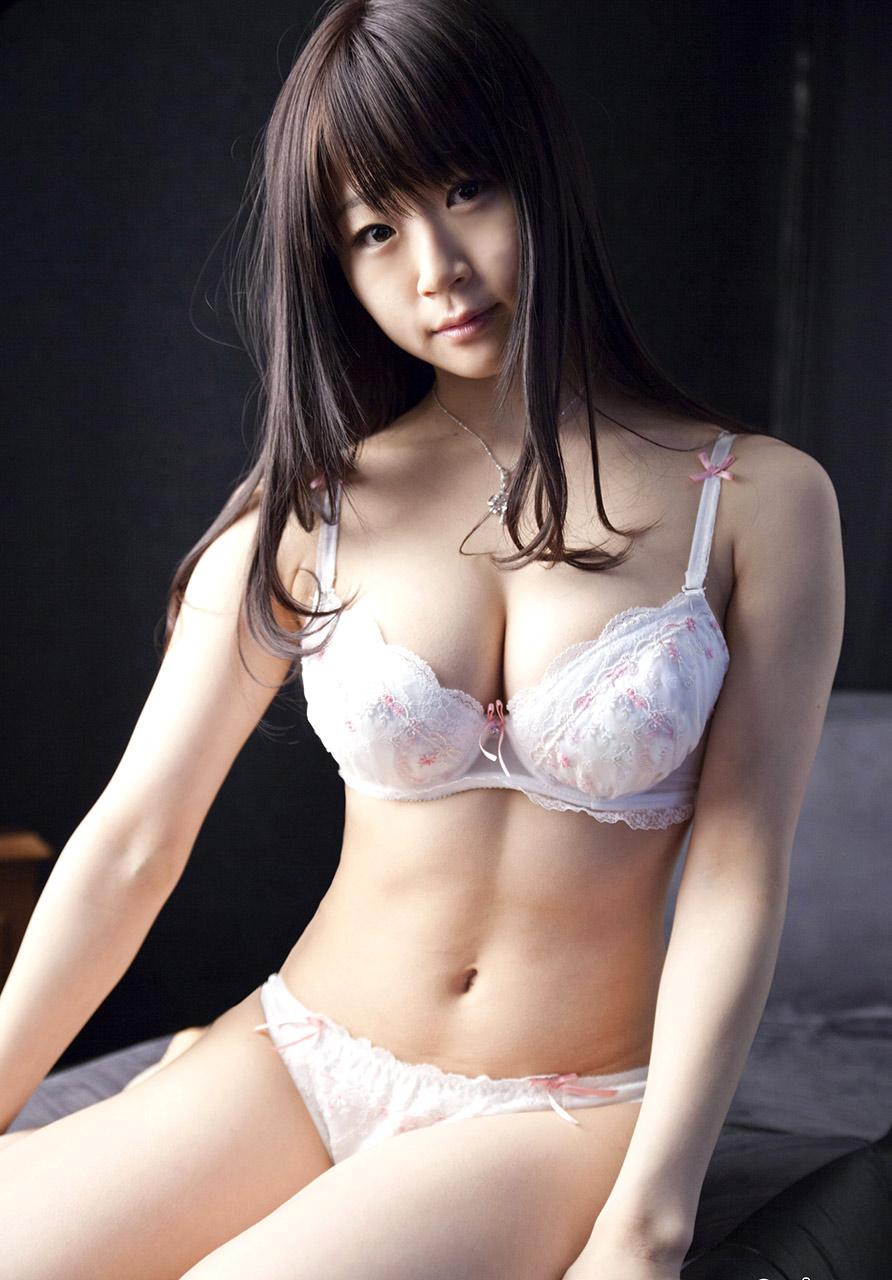 momoko mizuki sexy bikini pics 01