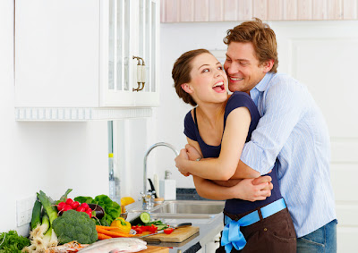 Hasil gambar untuk masak bersama pasangan
