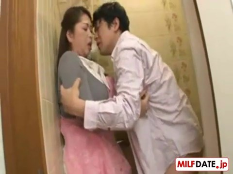 Bokep 3GP Perselingkuhan - Japan Cheaters - Fucking my BBW friends wife