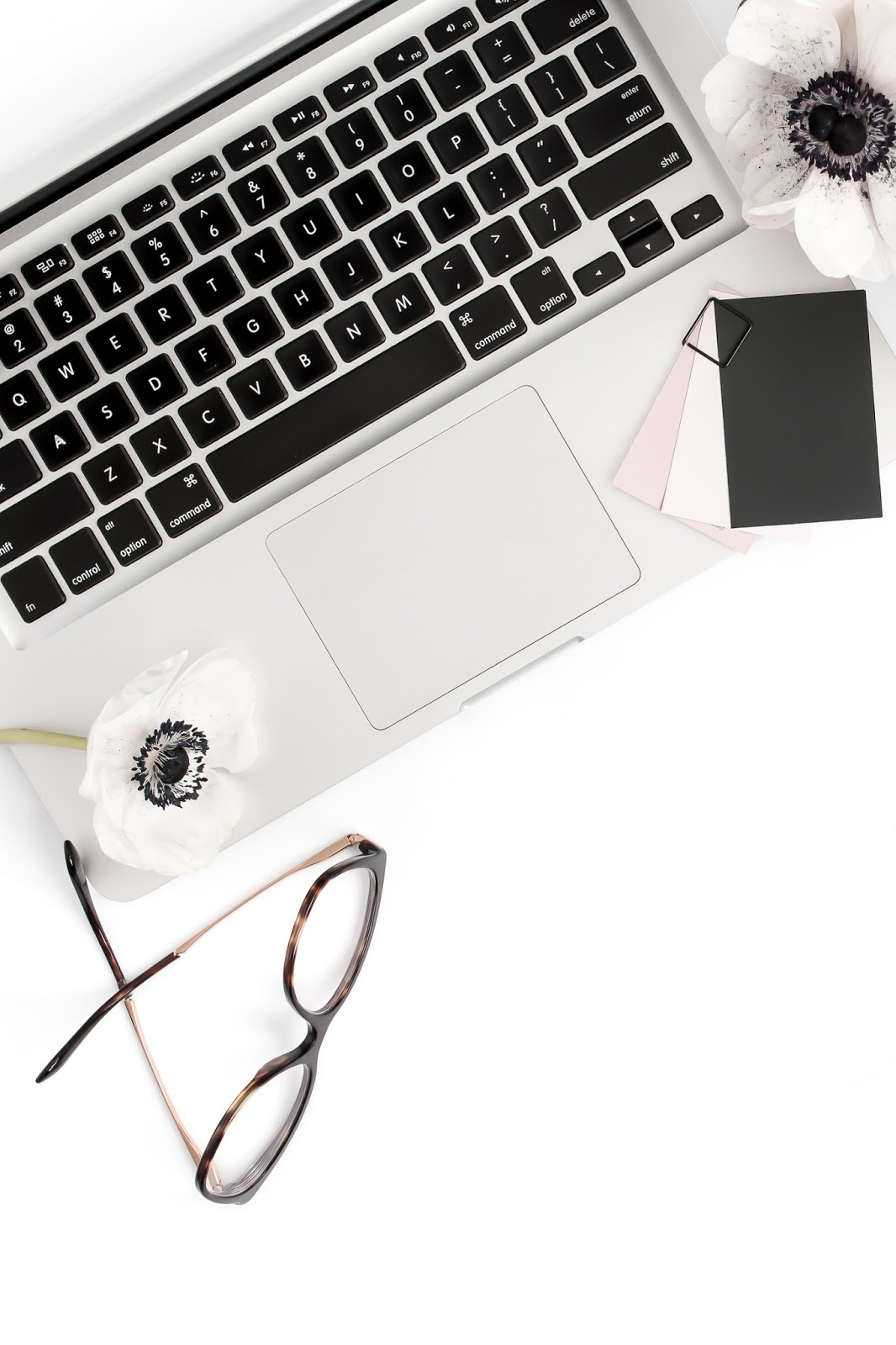 Reasons Why Your Brand Needs To Work With A Blogger
