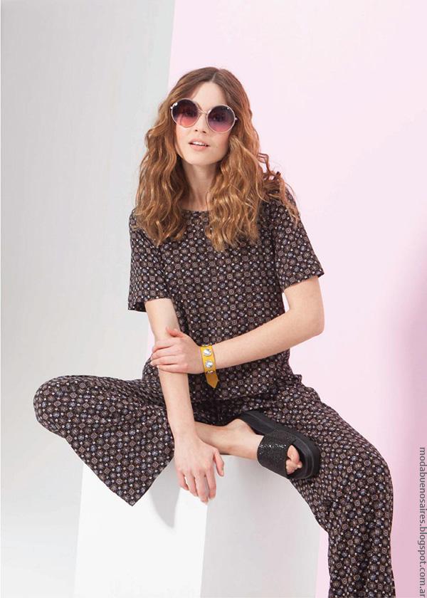 Conjunto con estampas ópticas moda verano 2017, colección Asterisco ropa de mujer.