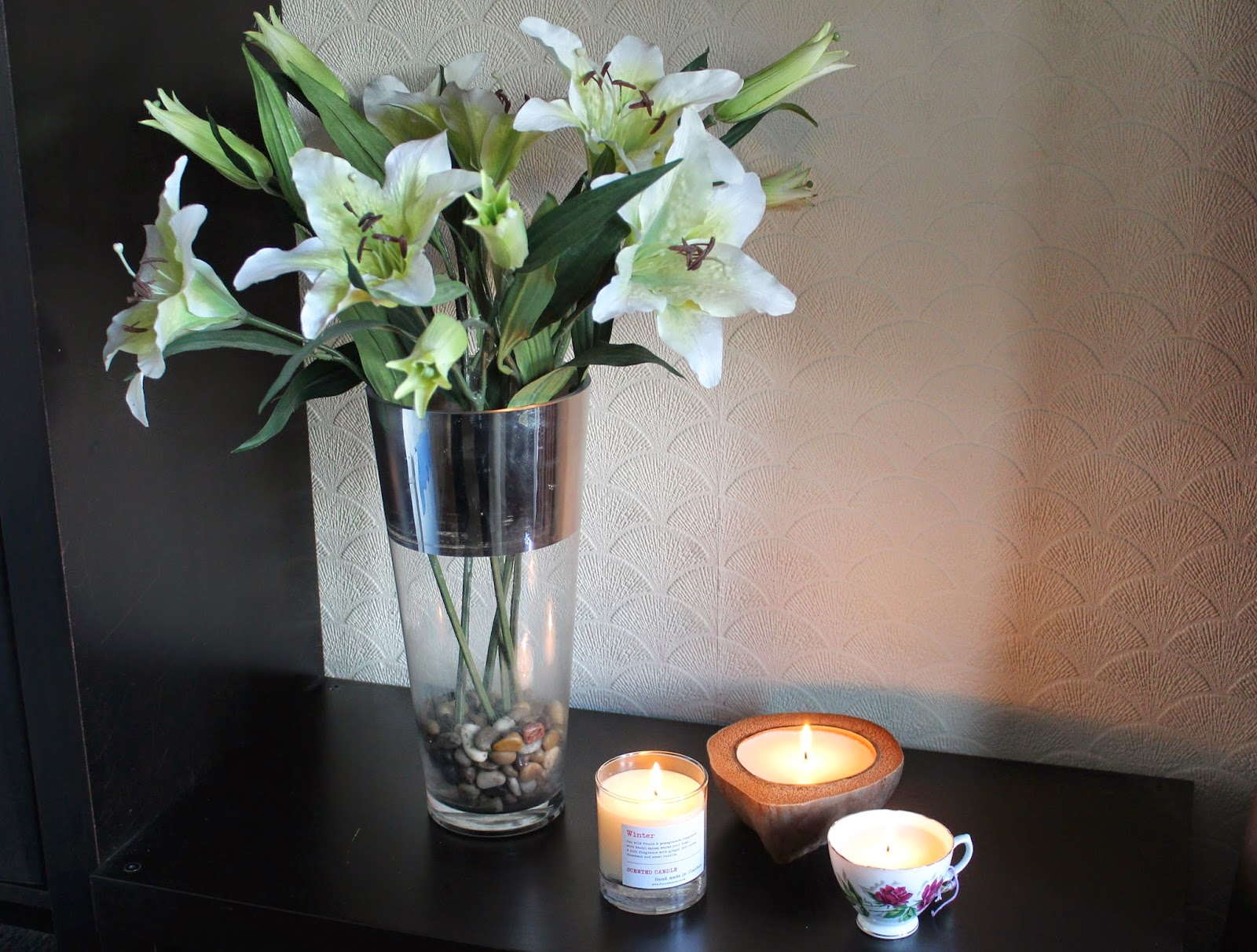 bloggers blogger blog beauty lifestyle fashion candles candle lilies make up pinterest instagram fblchat hashtag teacup vintage coconut home