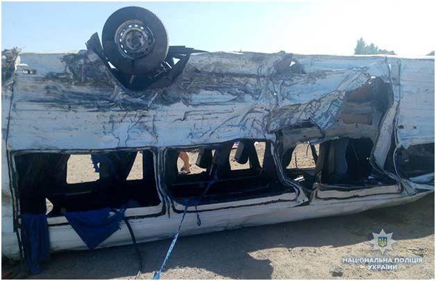 Поліція повідомила деталі ДТП у Запорізькій області, в якій загинуло п'ятеро дітей