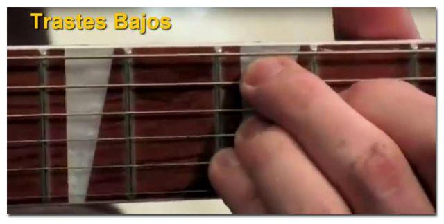 Características de los Trastes Bajos en la Guitarra
