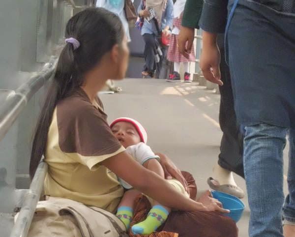 Fakta Mengerikan di Balik Bayi Pengemis yang Selalu Tertidur