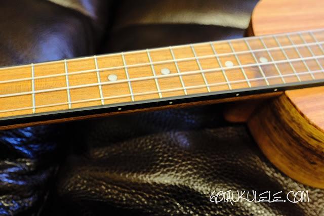 APC Carvalho SS Soprano Ukulele fingerboard