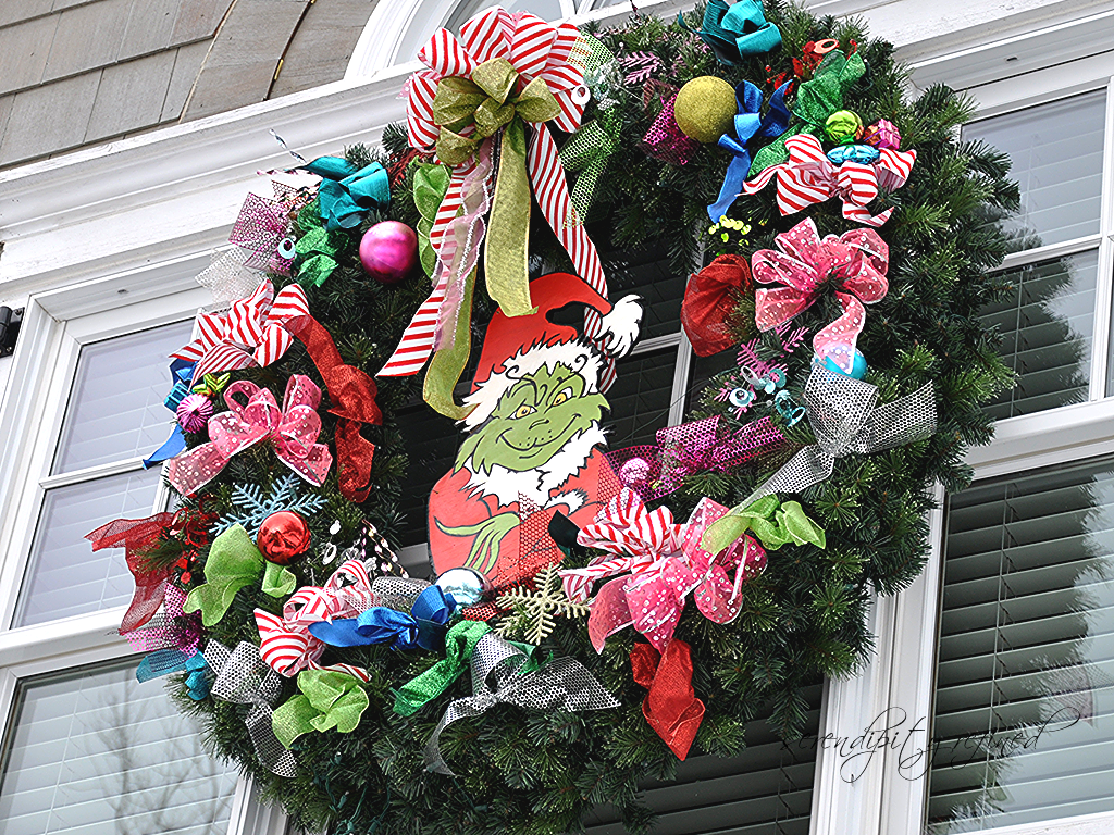 Serendipity Refined Blog: Christmas Decorations. In