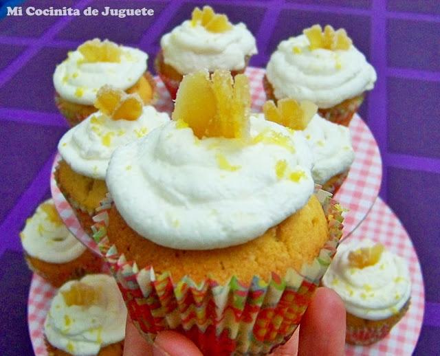 cupcakes de limón con frosting de jengibre