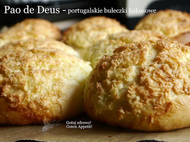 Portugalskie Pao de Deus - boskie bułeczki kokosowe - Czytaj więcej »