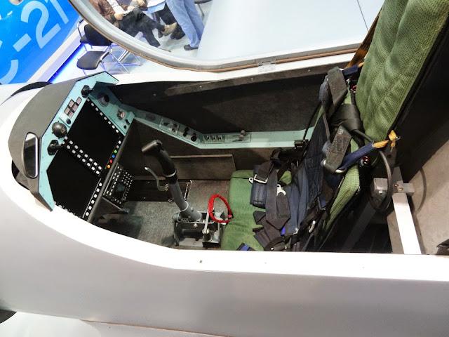 Resultado de imagen para yak-152 aircraft
